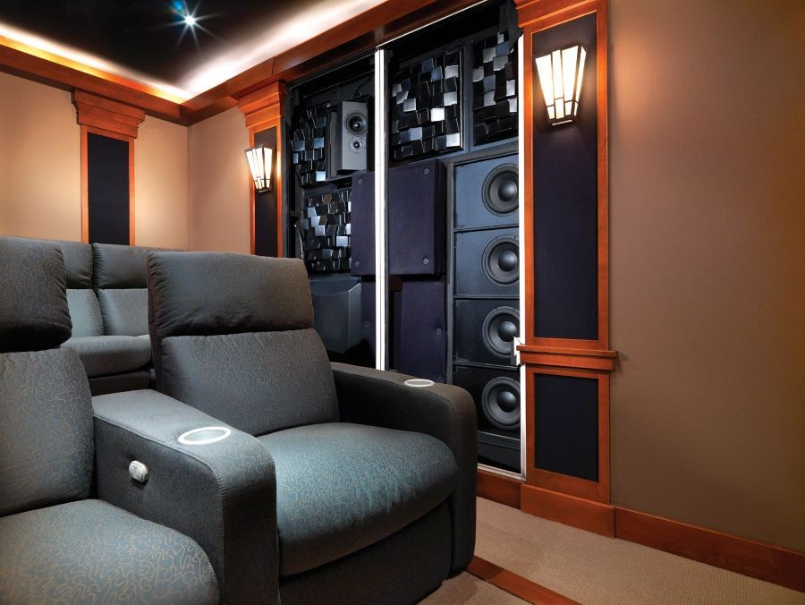 THINHO_December2020_Blog3_HomeTheaterSpeakers_CorneliusNC_IMAGE